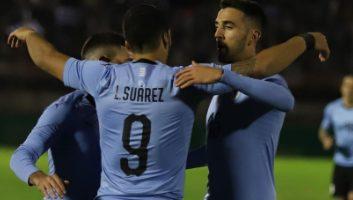 Uruguay  3 - 0  Uzbekistan