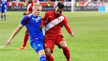 Peru  3 - 1  Iceland
