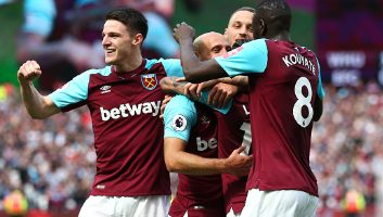 West Ham United  3 - 1  Everton