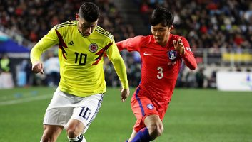 South Korea  2 - 1  Colombia
