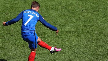 France 2 - 1 Ireland