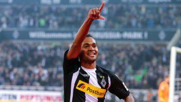 Borussia M'gladbach  2 - 0  VfB Stuttgart
