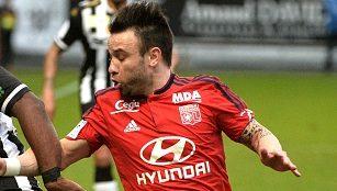 Angers 0 - 3 Lyon