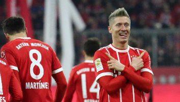 Bayern Munich  3 - 0  Augsburg