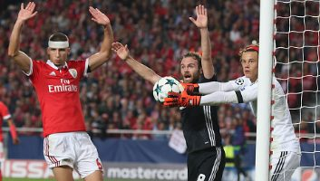 Benfica  0 - 1  Manchester United