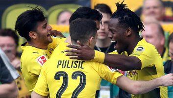 Borussia Dortmund  3 - 0  VfB Stuttgart