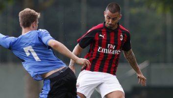 AC Milan  2 - 0  Novara