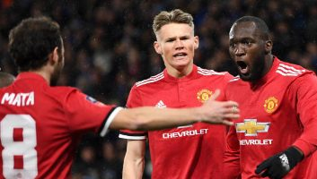 Huddersfield Town  0 - 2  Manchester United