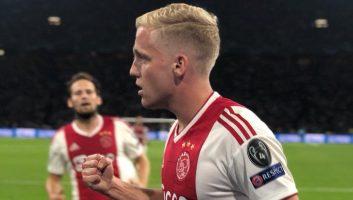 Ajax  3 - 0  AEK Athens