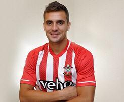 Southampton sign Serbian playmaker Dusan Tadic from FC Twente.