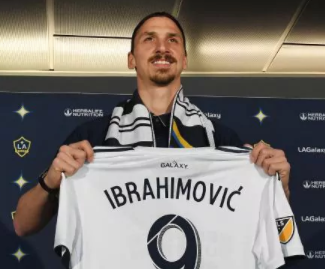 Los Angeles Galaxy have confirmed the signing of Zlatan Ibrahimovic on a free transfer from Manchester United.