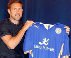 Matthew Upson signs for Leicester City on a one-year-deal after leaving Brighton.