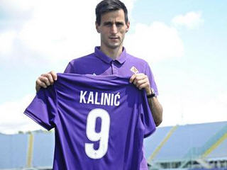 Fiorentina has confirmed the acquisition of Croatia international striker Nikola Kalinic from Dnipro Dnipropetrovsk.