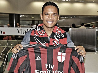 AC Milan have confirmed the signing of Colombia international Carlos Bacca from Sevilla.