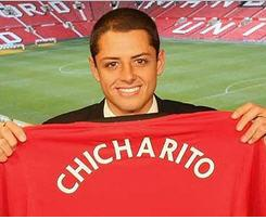 Manchester United complete signing of Mexico's Javier Hernandez
