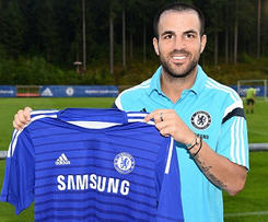 Chelsea have signed former Arsenal midfielder Cesc Fabregas from Barcelona on a five-year deal.