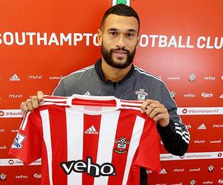 Southampton have signed QPR defender Steven Caulker on a season-long loan.