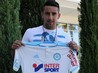 Juventus full back Mauricio Isla have been loaned out to French Ligue 1 side Marseille.