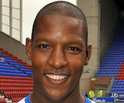 Titus Bramble has completed his switch to Sunderland from Wigan