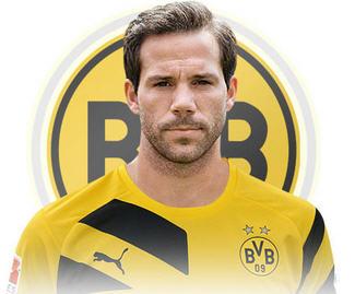 Borussia Dortmund have announced the signing of Gonzalo Castro from Bundesliga rivals Bayer Leverkusen.