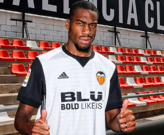 Valencia have completed the signing of Geoffrey Kondogbia from Inter on a season-long loan deal with the option to buy.