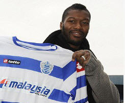 QPR have completed the signing of striker Djibril Cisse from Lazio for an undisclosed fee.