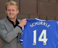 Chelsea have signed Germany international forward Andre Schurrle from Bundesliga side Bayer Leverkusen for a fee of £18m.