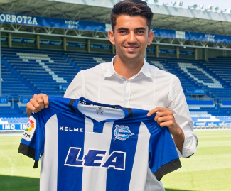 Enzo Zidane, son of Real Madrid manager Zinedine Zidane, has completed a move to La Liga side Deportivo Alaves, the club has confirmed.