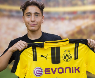 Borussia Dortmund have scored a major transfer coup by signing 18-year old Turkish international midfielder Emre Mor from Danish Superliga side Nordsjaelland.