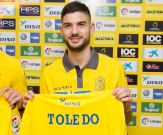 Las Palmas have completed the signings of Deportivo Maldonado forward Hernán Toledo on loan.
