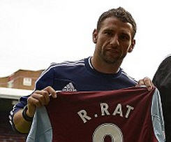West Ham sign Romania captain Razvan Rat on free transfer.