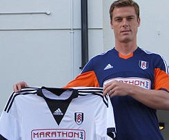 Fulham complete the signing of England midfielder Scott Parker from Tottenham for an undisclosed fee.