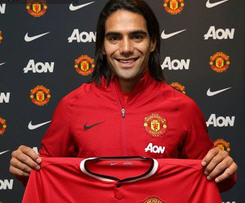 Manchester United have signed Colombia striker Radamel Falcao in a £6m season-long loan deal from Monaco.