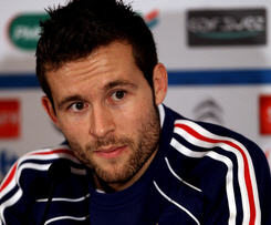 Newcastle have completed a deal to sign midfielder Yohan Cabaye on a five-year contract from Lille