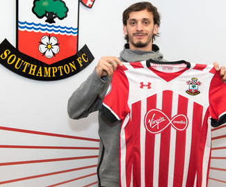 Southampton have completed the signing of Manolo Gabbiadini from Napoli for £17million.