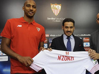Sevilla have completed the signing of Steven Nzonzi from Stoke City for £7 million.