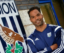 West Bromwich Albion have signed England defender Joleon Lescott after his contract at Premier League champions Manchester City ended.