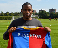 Crystal Palace have confirmed the signing of Jason Puncheon on a season-long loan deal from Barclays Premier League rivals Southampton.
