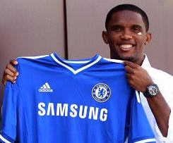Chelsea have signed Cameroon striker Samuel Eto'o on a free transfer from Russian club Anzhi Makhachkala.