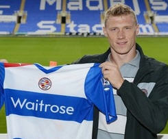 Reading Football Club has agreed terms with Pavel Pogrebnyak to join the club.