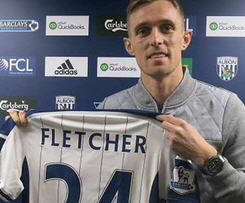 West Brom have signed Scotland midfielder Darren Fletcher on a free transfer from Manchester United.