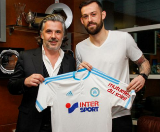 Sunderland striker Steven Fletcher has joined French side Marseille on loan until the end of the season.