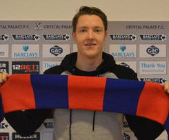 Wayne Hennessey today completed his £3m move to Crystal Palace from Wolverhampton Wanderers.