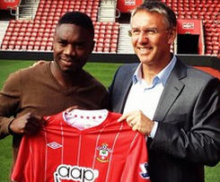 Southampton have signed Young Boys striker Emmanuel Mayuka.