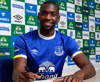 Everton have signed DR Congo international midfielder Yannick Bolasie from Crystal Palace on a five-year deal for £25m.