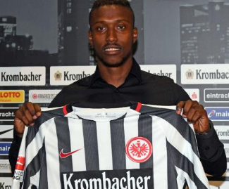 Eintracht Frankfurt have announced the signing of Taleb Tawatha from Maccabi Haifa.