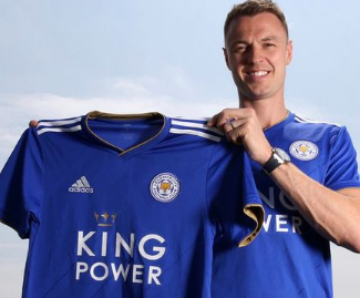 Leicester City have confirmed the signing of Jonny Evans on a three-year contract for a fee believed to be in the region of £3.5m.