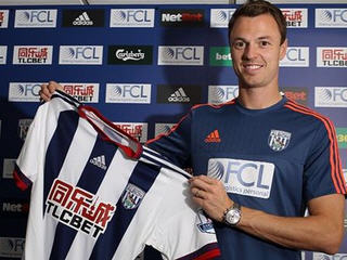 West Bromwich Albion have completed the signing of 27-year-old defender Jonny Evans from Manchester United.