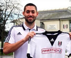 Fulham have re-signed midfielder Clint Dempsey on a two-month loan deal from MLS side Seattle Sounders.