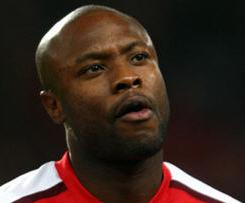 Tottenham have confirmed they have completed the signing of former Arsenal defender William Gallas.